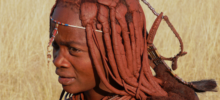tribu-himba-peuple-rouge-people-namibien